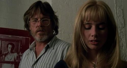 Lionel (Nick Nolte) and Paulette (Rosanna Arquette)